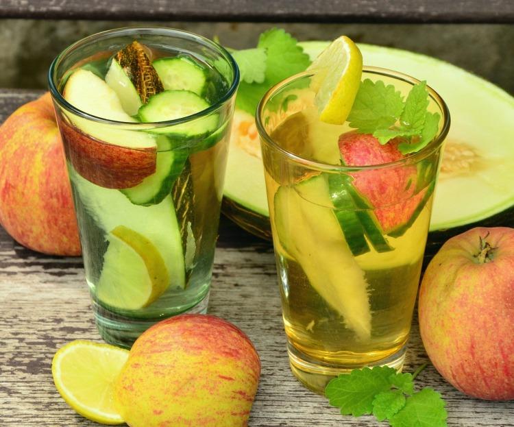 drink-fruit-1554657_1280.jpg