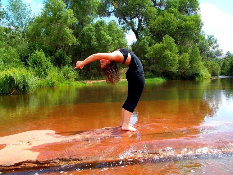 yoga-224643_1280.jpg